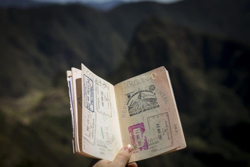 パスポート残留期間