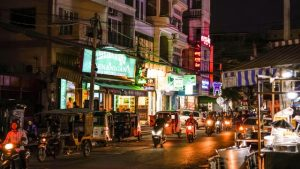 カンボジア治安